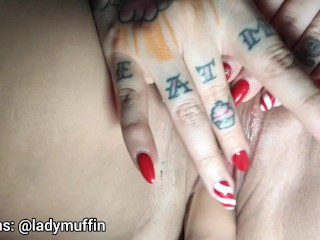 ladymuffin fucked by a sex toys