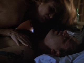 Angie Everhart – Bare Witness