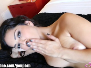 SunnyLeone Wild vacation! I'm stripping in my bedroom!