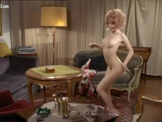 Nude Celebs – Striptease scenes collection vol 1